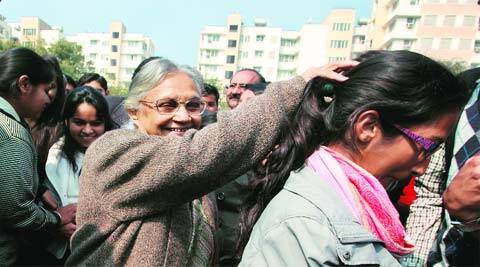Former chief minister Sheila Dikshit with the students of Delhi College of Arts and Commerce on Wednesday. (Renuka Puri)