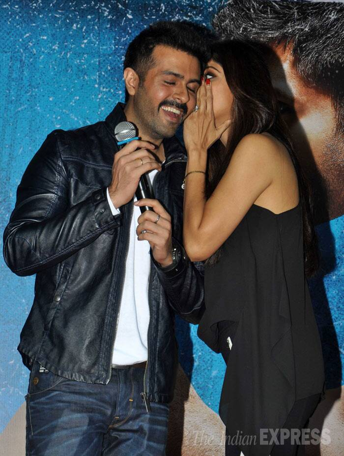 Shilpa Shetty has some secrets to share with Harman. Share it with us guys. (Photo: Varinder Chawla)