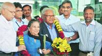 Allow students to pursue research: CM toparents