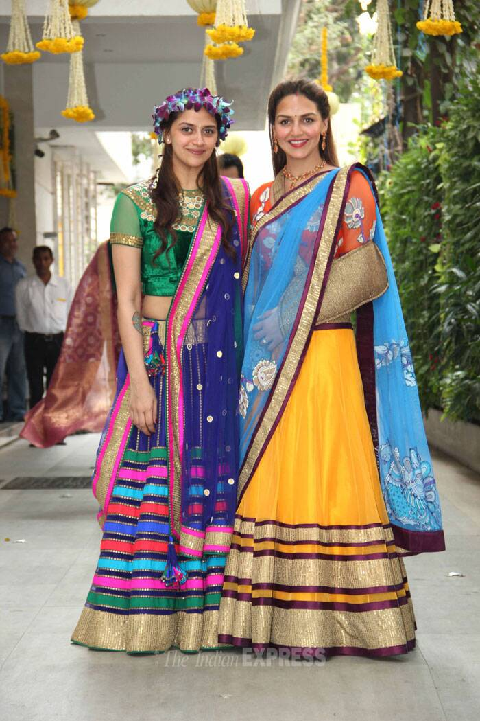The sisters look beautiful together as they pose for the cameras. A grand sangeet is said to take place this evening (February 1), where Esha is supposed to put on a rocking performance to her hit number 'Dhoom Machale'. (Photo: Varinder Chawla)