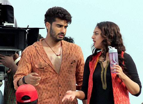 Sonakshi and Arjun on the sets of Tevar. (PTI)