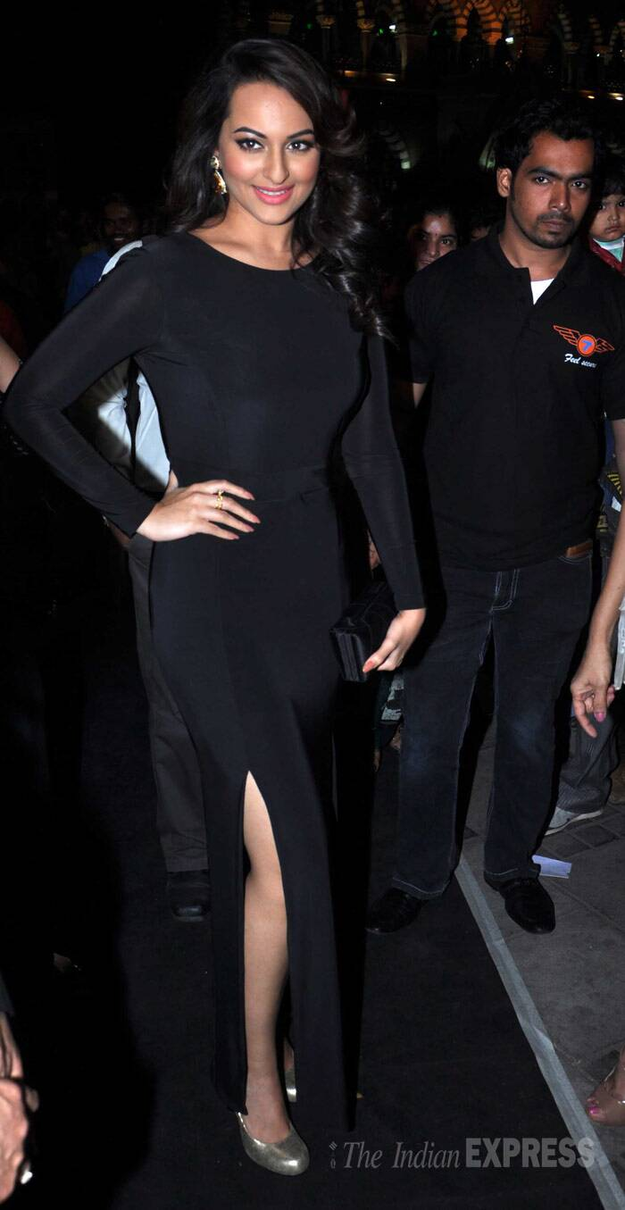 Sonakshi Sinha, showed off her newly toned figure in a evening gown, with double thigh-high slits. (Photo: Varinder Chawla)