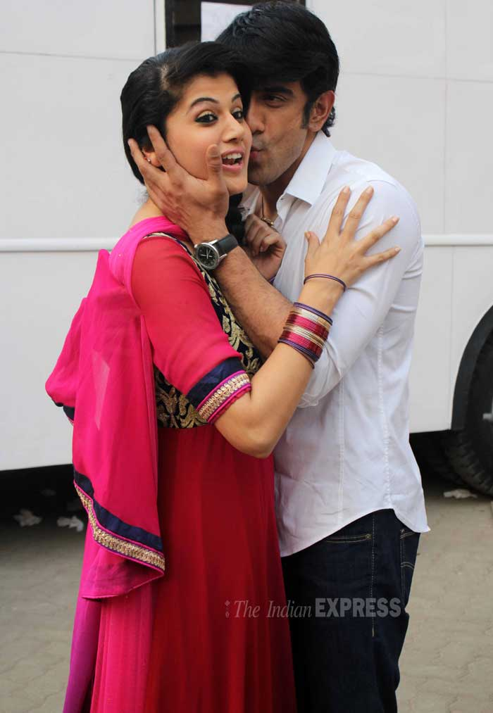However, the actress seems a wee bit shocked at the PDA! (Photo: Varinder Chawla)