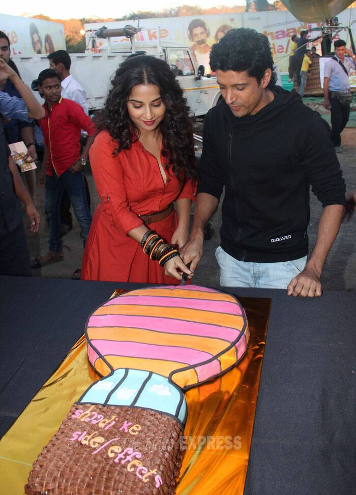 Farhan Akhtar, Vidya Balan's hot air balloon ride