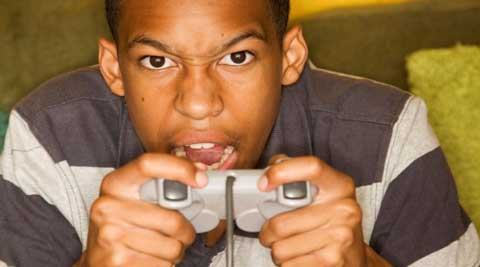 Teens who play violent video games for long hours may be prevented in developing a positive sense of what is right and wrong: Study (Image Courtesy: Thinkstock)