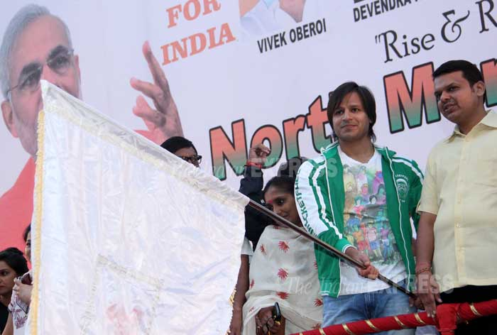 Bollywood actor Vivek Oberoi flagged off Nothern Mumbai Marathon on Saturday (February 22) organised in support of Gujarat chief minister and BJP's prime ministerial candidate Narendra Modi. (Photo: Varinder Chawla)