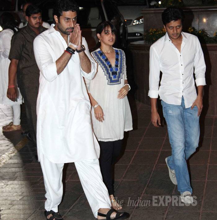 Abhishek with his close friends Riteish Deshmukh and Genelia D'Souza. (Photo: Varinder Chawla)