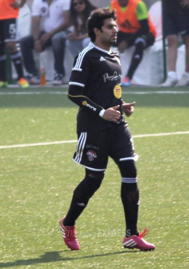 Football fever grips Abhishek Bachchan, Ranbir Kapoor
