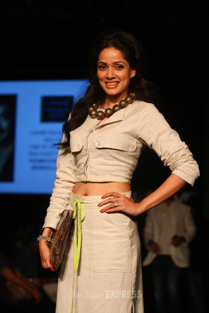 '1920: Evil Returns' actress Vidya Malvade also attended Day 3 of the ongoing Lakme Fashion Week 2014. (IE Photo: Amit Chakravarty)