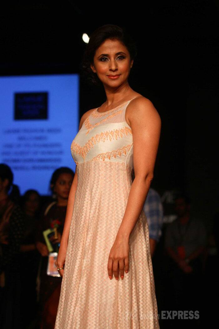 Actress Urmila Matondkar also lent her support to Anita Dongre by wearing one of the designer's creations. (IE Photo: Amit Chakravarty)