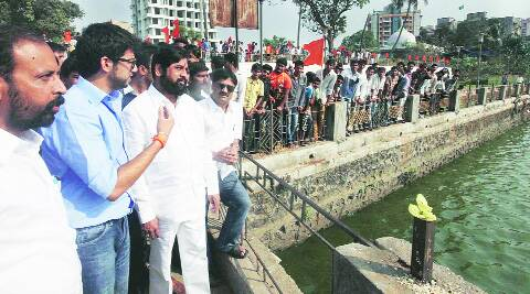 Aditya visits Balasheb Thackeray's memorial at Kala Talav in Kalyan Tuesday. (Express)