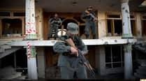 Taliban attack closes Afghanistan's mainairport
