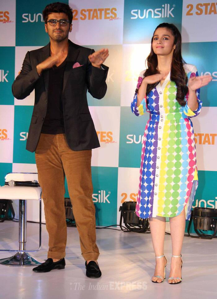 Alia and Arjun shake a leg on stage at the event. (Photo: Varinder Chawla)