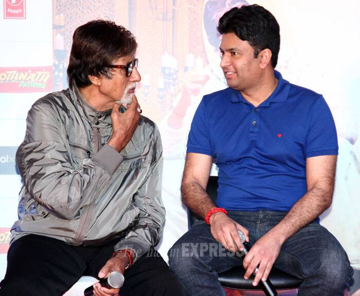 Amitabh Bachchcan in conversation with the producer of the film, Bhushan Kumar. (Photo: Varinder Chawla)