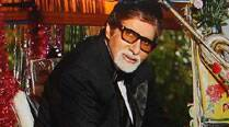 Amitabh Bachchan wishes Happy Holi to fans