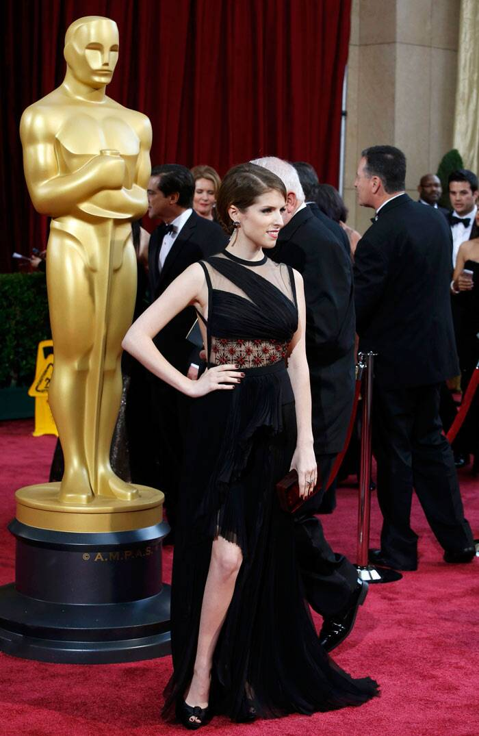 Anna Kendrick: The 'Twilight' actress' J Mendel gown was a bit of a mess with too much happening all at once – the floral patterned sheer detail at the waist, asymmetrical neckline, slit down the front and criss-crossing back straps.