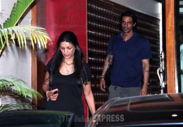 Hrithik Roshan's estranged wife Sussanne Roshan parties with Arjun Rampal