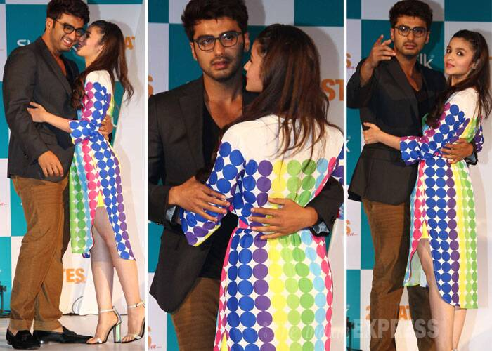 Lead pair of soon-to-release rom-com, '2 States' and rumoured lovers, Alia Bhatt and Arjun Kapoor are busy with promotions for the film, before it hits screens. Arjun and Alia who will be seen together for the first time seemed more than comfortable with each other as they shared quite a few lovey-dovey moments at the event. (Photo: Varinder Chawla)