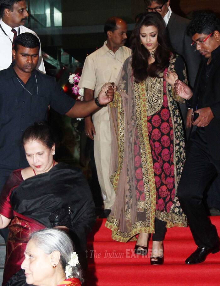 Aishwarya Rai carefully makes her way down the stairs. (Photo: Varinder Chawla)