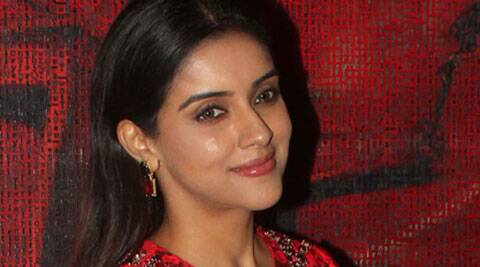 Asin can speak Telugu, Tamil, Malayalam, Hindi, English. She was last seen in 'Khiladi 786'.
