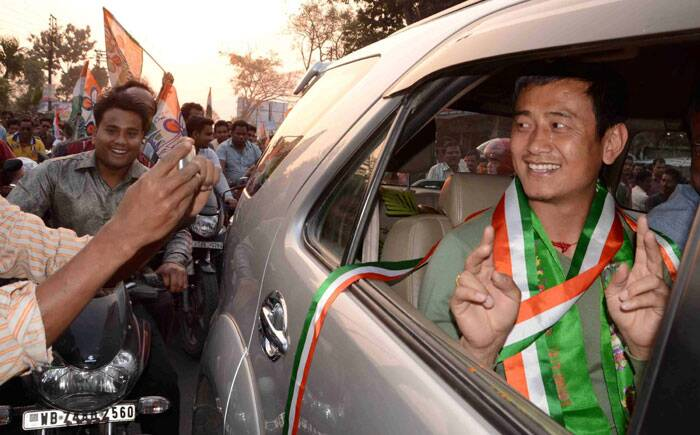 Former Indian football team captain and TMC's candidate for Darjeeling Lok Sabha seat Baichung Bhutia after his arrival at Bagdogra airport near Siliguri on Thursday. (PTI)