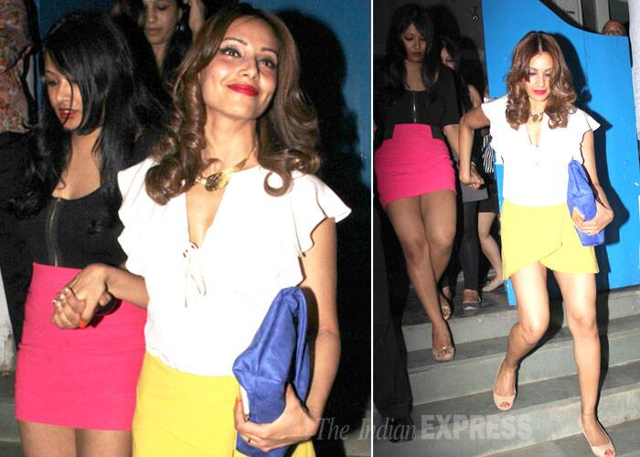 Busy Girls: Priyanka Chopra, Bipasha  Basu