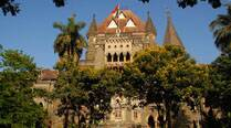 Bombay HC pulls up 13 TISS students for stopping demolition ofslums