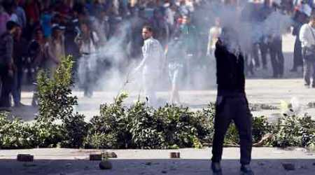 Five people killed in Cairo as police clashed with Islamists protesting against ex-army chief Abdel Fattah al-Sisi's presidency bid. (Reuters)