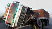 35 killed as buses, truck collide in southwestPakistan