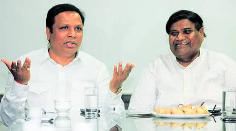 BJP city president Ashish Shelar (left) and Congress city president Janardan Chandurkar. (Vasant Prabhu)
