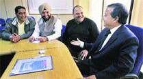 Cong delegation meets chief secy, calls for action on AAP's failures