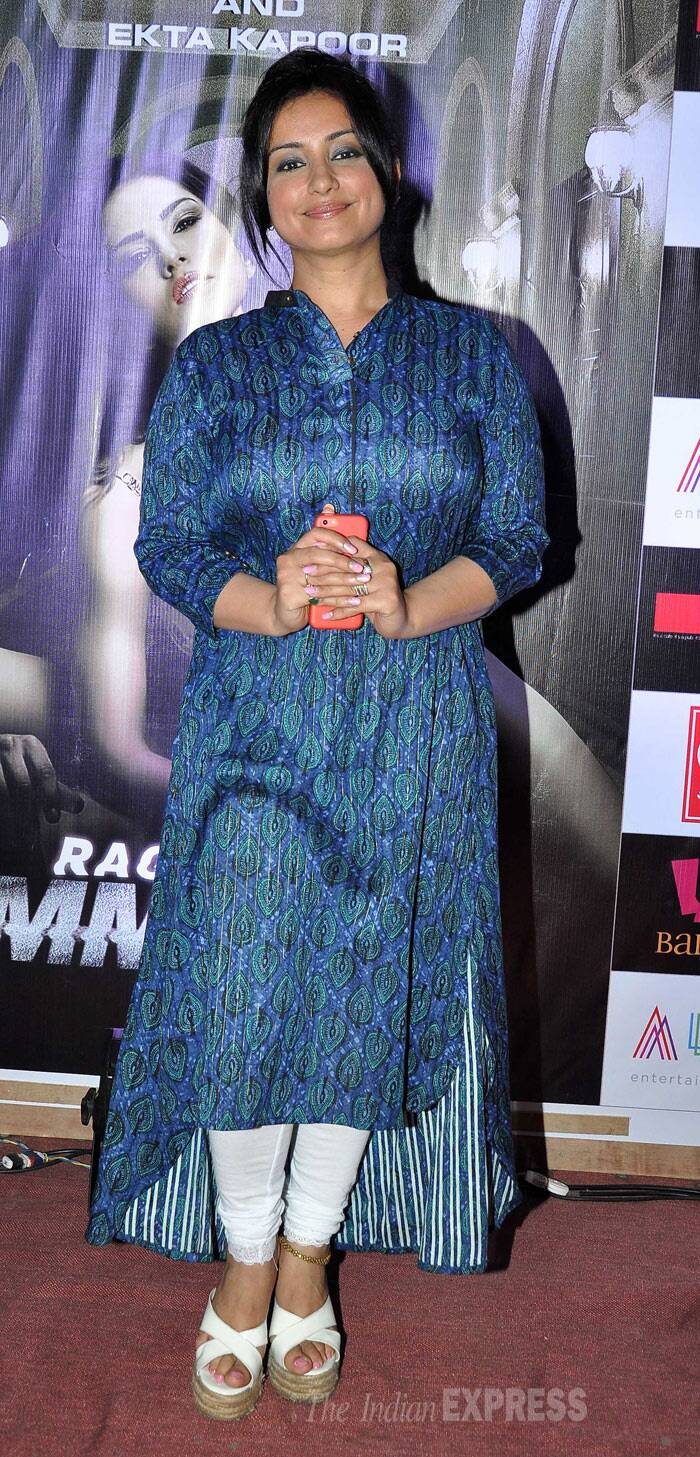 Actress Divya Dutta, who was also a part of the movie, looked cool in a blue printed churridar suit. (Photo: Varinder Chawla)