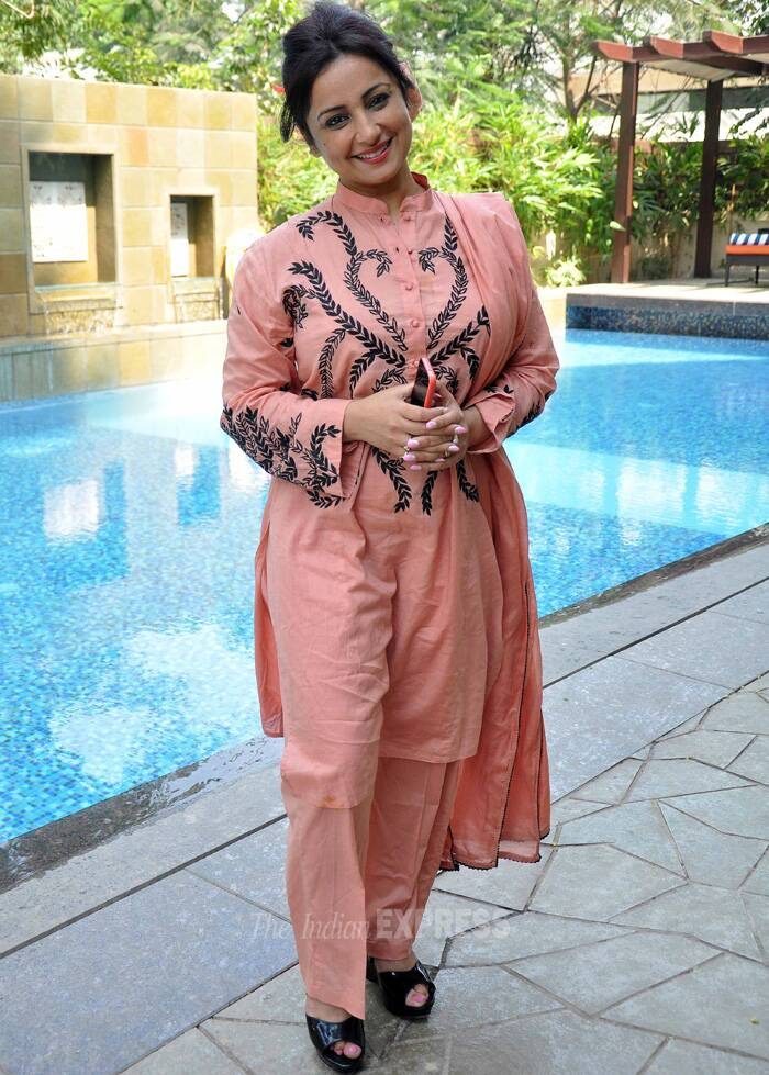 'Bhaag Milkha Bhaag' actress Divya Dutta was all smiles for the cameras. (Photo: Varinder Chawla)
