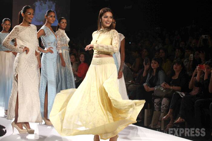 Dia twirls on the ramp to show off her full-length skirt. (IE Photo: Dilip Kagda)
