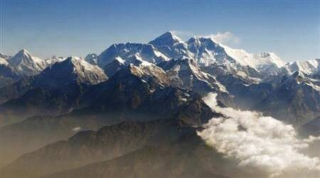 Post Nepal quake, 9 sherpas become first climbers to reach Mount Everestsummit