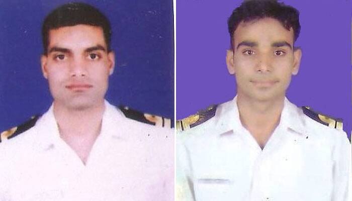 """The Navy conducted a wreath laying ceremony in memory of its two personnel who lost their lives battling the fire in submarine INS Sindhuratna. <br /> """"The Navy has organised the wreath laying ceremony for Lieutenant Commander Kapish Munwal and Lieutenant Manoranjan Kumar,"""" defence PRO Narendra Vispute said. (IE Photo)"""