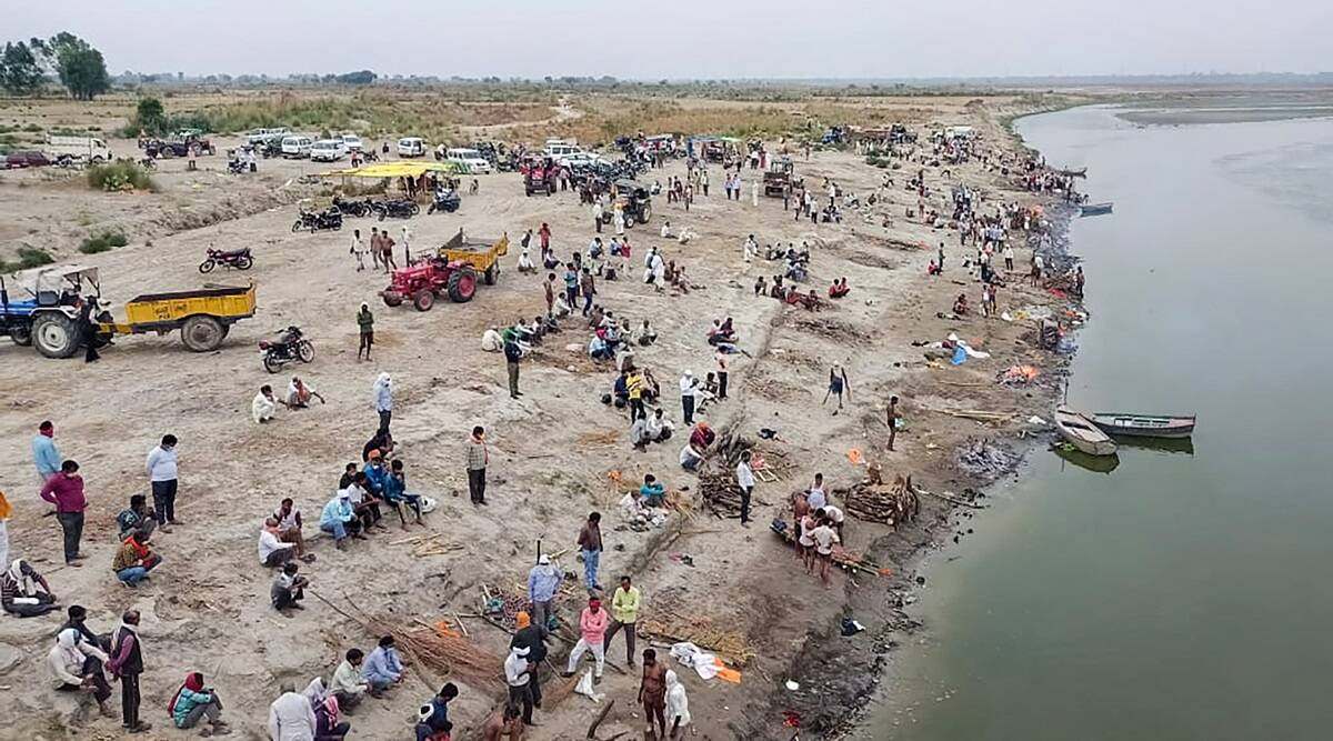 Covid bodies in river, Covid crisis, dead bodies on Ganga riverbank, Coronavirus cases, Covid deaths, UP Bihar covid bodies, UP covod situation, Bihar covid situation, Indian express news
