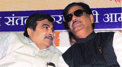 Munde has upstaged Gadkari in the way each deals with Maratha strongman Sharad Pawar.