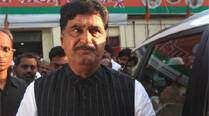 Opposition forces Maharashtra govt to move another motion onMunde