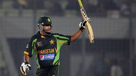Pakistan's Mohammad Hafeez acknowledges the crowd after scoring fifty runs during the Asia Cup one-day international cricket tournament against India in Dhaka, Bangladesh, Sunday, March 2, 2014.
