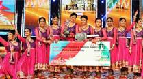 Housewife Ragini Makkhar wins 'India's Got Talent 5'