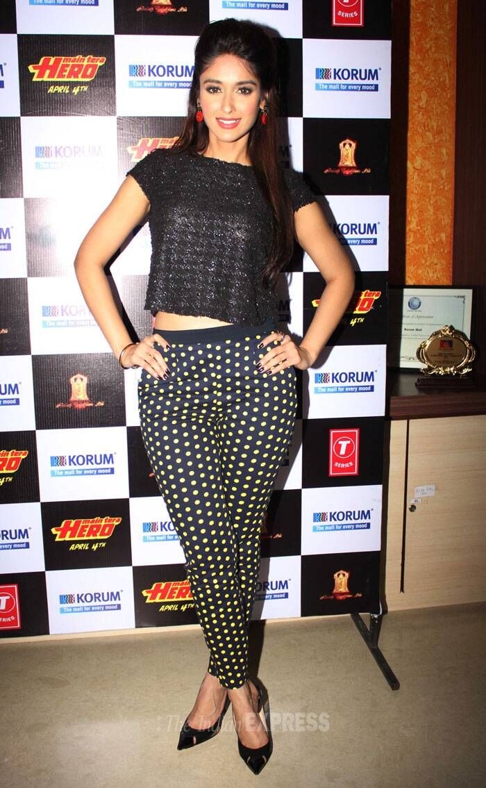 Ileana was chic in polka dotted trousers and a belly show black top. (Photo: Varinder Chawla)