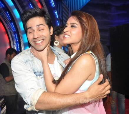 When Varun Dhawan took Ileana in his arms