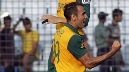 Birthday boy Imran Tahir's clinical spell of 4/21 landed him a well-deserved man of the match award. (AP)