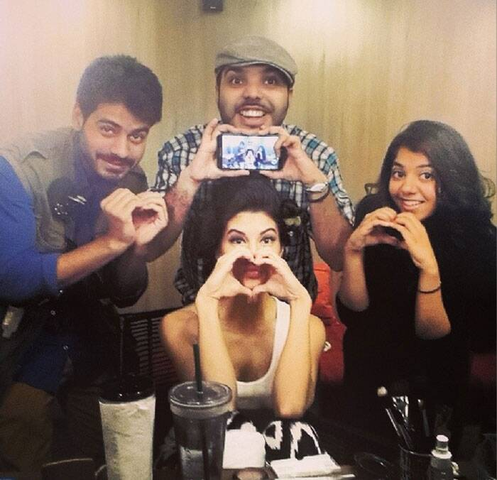 Sri Lanka beauty Jacqueline Fernandez clicked a group selfie with her team on Valentines Day.