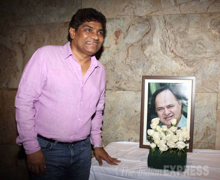 Ace comedian Johnny Lever stands by the side of Farooq Sheikh's portrait. (Photo: Varinder Chawla)