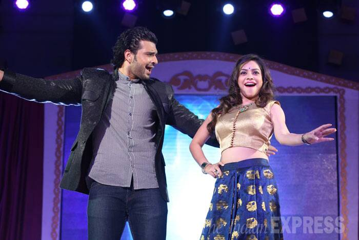 TV actor and host Karan Kundra performs with Sumona, who is currently seen in Comdy Nights With Kapil.' (Photo: Varinder Chawla)