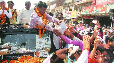 AAP convenor Arvind Kejriwal during his roadshow in Faridabad on Saturday. (Gajendra Yadav)