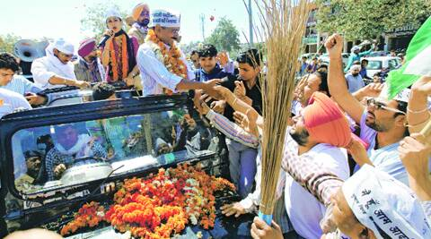 AAP chief Arvind Kejriwal with city candidate Gulkirat Kaur Panag in Chandigarh on Sunday. (Jasbir Malhi)