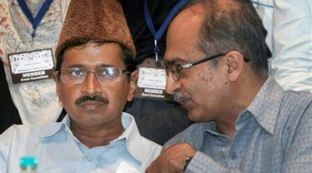 Distrust in Aam Aadmi Party deepens, countdown begins for easing out Yogendra Yadav, Prashant Bhushan